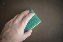 Comment décoller facilement du papier peint ?