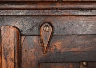 Repeindre un meuble ancien : comment faire ?